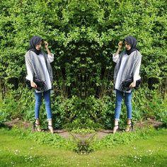 New post  #fblogger #blogger #ootd #ootdshare #wiwt #lookoftheday #aboutalook #modestfashion #hijabfashion #simplyxcovered #pakistanstreetstyle #asos #AsSeenOnMe #topshop #instafashion #newpost #seimarahman Hijab fashion jeans style.