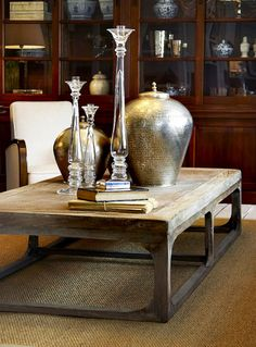 LOVE this table! #flamant #table #chatter