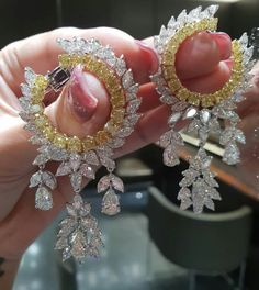 Love For Beauty ! Beautiful Things Make Me Happy ! Stunning Yellow and White Diamond Earrings to Complete You ! Indian Jewelry Earrings, Fancy Jewellery, Jewelry Design Earrings, Gold Earrings Designs, Ear Jewelry, Stylish Jewelry, Designer Earrings, Luxury Jewelry, Fashion Earrings
