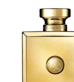 The new Versace Pour Femme Oud Oriental fragrance. #VersaceFrangrances