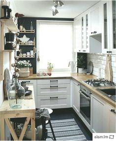 ☕😊❤️📷 by Marianne Skov Ladefoged. Kitchen Room Design, Kitchen Cabinet Design, Kitchen Layout, Home Decor Kitchen, Kitchen Interior, Home Interior Design, Home Kitchens, Kitchen Ideas, Apartment Kitchen