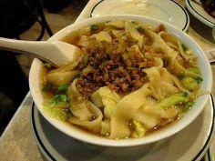 La sopa de tallarines del chino de Plaza de España