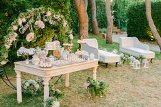 Summer Wedding, Our Wedding, Candy Bar Wedding, Wedding Decorations, Table Decorations, Candy Bars, Outdoor Furniture Sets, Outdoor Decor, Dessert Table
