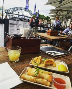 These taster plates along with this view  PERFECTION! we wish we could have stayed a little longer... Until next time Syd  #thesundaygirl #sunday #moment #lovelife #instapic #life #love #enjoylife #food #springroll #squid #drinks #drink #sydney #sydneyfood #sydneylife #sydneyblogger #travel #travelblog #travelingram #circularquay #buckleys #buckleyssydney #view #sydneyharbour #sydneyharbourbridge by the_sundaygirl http://ift.tt/1NRMbNv