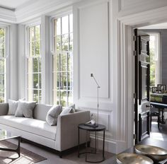 Black and white / The panelling in this Garden Room added a contemporary element to a traditional design #louisebradley