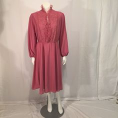 Jane Baar New York Mauve Long Sleeve Crepe and Lace Dress Vintage 16-1/2 Extra Large XL by CarolinaThriftChick on Etsy $22.99