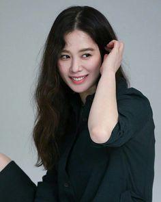 Beautiful People, Most Beautiful, Best Kdrama, Girl Crushes, Asian Beauty, Actors & Actresses, Hair Makeup, Korean, Celebs