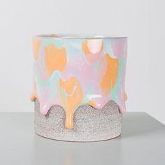 La colorida cerámica de Brian Giniewski