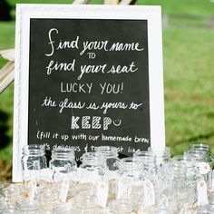 this would be cute with the next pin... big mason jars filled with lemonade, sangria, iced tea