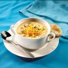 I have tried Subway's Loaded Baked Potato soup and O.M.G....I have to try this!