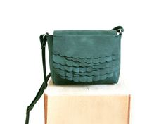 While Mini shoulder bag Pine via Kuula   Jylhä. Click on the image to see more!
