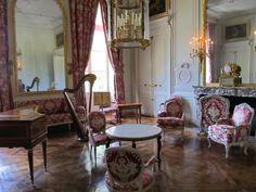 This is Versailles: Petit Trianon: Grand Salon