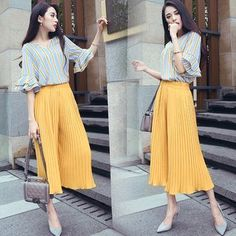 Buy Ashlee Set: V-Neck Striped Elbow Sleeve Blouse + Cropped Pleat Wide Leg Pants at YesStyle.com! Quality products at remarkable prices. FREE WORLDWIDE SHIPPING on orders over US$35.