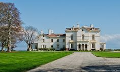In Newport, RI. Called Beechwood, this house, built in was remodeled by Richard Morris Hunt, for the Astors. Mansion Tour, Cornelius Vanderbilt, New York Summer, City By The Sea, Newport Rhode Island, Grand Homes, Seaside Towns, The Hamptons, New England