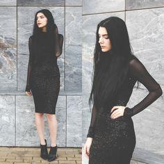 Holynights Claudia - Ax Paris Turtleneck Sequin Dress, Little Mistress Ankle Boots - B l a c k