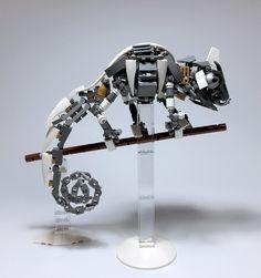 https://flic.kr/p/MLKsbY   LEGO Mech Chameleon-04