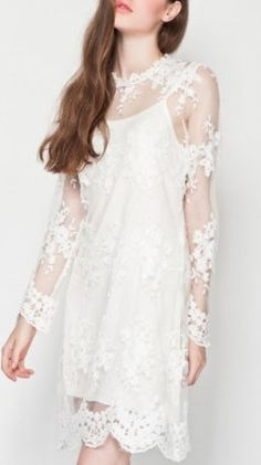 White Long Sleeve Hollow Crochet Lace Dress