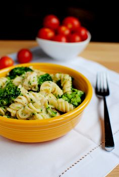 "Skinny ""alfredo"" pasta with chicken and broccoli...made so many delicious versions of this, finally pinning it."