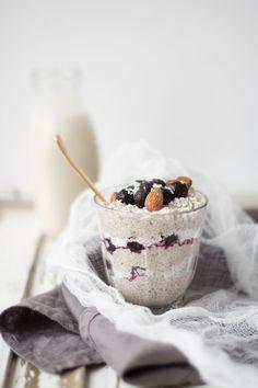 vanilla cashew milk chia pudding