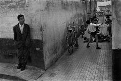 Josef Koudelka 1972. Cordoba. black and white Street Photography, snapshots