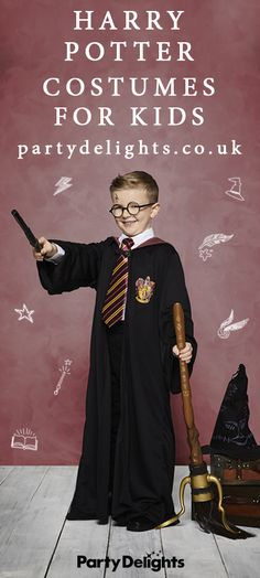 New Children Book Characters Dress Up Harry Potter 34 Ideas Children's Book Characters Costumes, Book Characters Dress Up, Character Dress Up, World Book Day Costumes, Harry Potter Dress Up, Harry Potter Cosplay, Harry Potter Family Costume, World Book Day Ideas, Black And White People