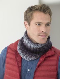 Make this easy unisex cowl with just one ball of Lion Brand Landscapes and save 20% for a limited time! Get the free knit pattern and make it now!