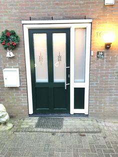 Leuke decoratie in uw voordeur? Geen probleem bij Alfa Outdoor Decor, Decor, Garage Doors, Home, Doors, Home Decor