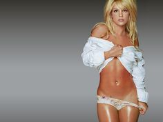 Britney Spears weekly workout routine and meal plan