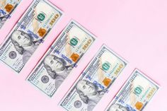 How much should you pay a babysitter and how much does a nanny cost? This guide to nanny and babysitter salaries can help you determine fair rates. Ways To Earn Money, Earn Money From Home, Way To Make Money, Money Tips, Earn Extra Cash, Extra Money, Get Free Stuff, Making Ideas, Tips