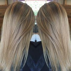 Light brown / dark blonde l Sombre Blond, Dark Blonde Hair Color, Hair Color And Cut, Blonde Balayage, Hair Colour, Light Brown Hair, Brunette Hair, Hair Highlights, Dark Blonde Highlights