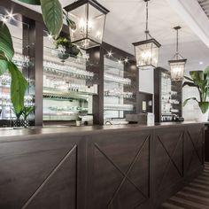 Fourchette Antillaise project reveal - Valérie De L'Étoile interior design Restaurant, Divider, Room, Furniture, Design, Home Decor, Bedroom, Decoration Home, Room Decor