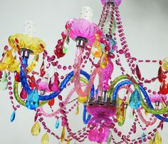 Chandelier Chandelier Color Large | Essence Furniture and Decoration. WOW, would look great with LED candle light bulbs!