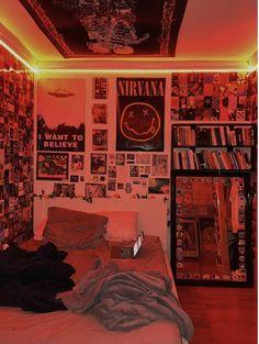 Grunge Bedroom, Indie Bedroom, Indie Room Decor, Cute Bedroom Decor, Room Design Bedroom, Room Ideas Bedroom, Punk Bedroom, Bedroom Inspo, Hippie Bedroom Decor