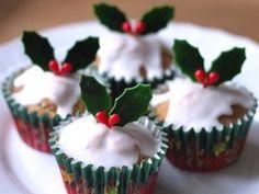 ホットケーキミックスで作る クリスマスカップケーキ