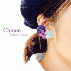 handmade accessory アジサイのイヤーアクセサリー押し花を加工してつくりました。片耳のアクセサリーになります。受注製作となります。金具はイヤリ...|ハンドメイド、手作り、手仕事品の通販・販売・購入ならCreema。