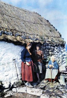 Colour photographs of Ireland, 1920
