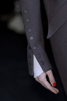 Lagerfeld 2010 - Details