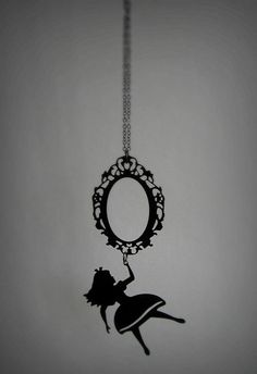 Awesome Alice in Wonderland necklace