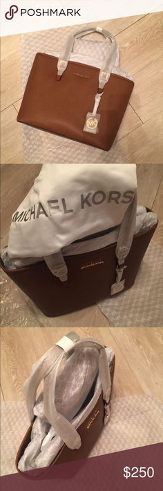 🌹 Michael Kors Jet Set Travel TZ Tote Leather🌹 Brand new!!! Absolutely gorgeous -Michael Kors  11 Jet Set Travel TZ Tote Women's Leather Handbag Features Real Leather Cowhide Height 10.75in / 27.5cm Width 15.5in / 39.5cm Depth 5.5in / 14.0cm Product information One Size , Luggage Product Dimensions5.9 x 13 x 11 inches Item Weight12 ounces Shipping Weight12 ounces❌❌No Trades❌❌ Michael Kors Bags Totes