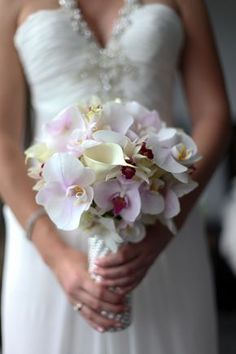 orchid wedding bouquets | Destination Wedding in Costa Rica #destinationweddingplanner