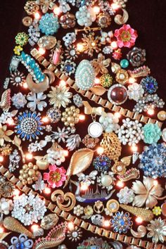 Vintage Costume Jewelry Christmas Tree