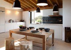 ChicDecó: Una moderna casa de campo en GeronaA modern country home in Girona