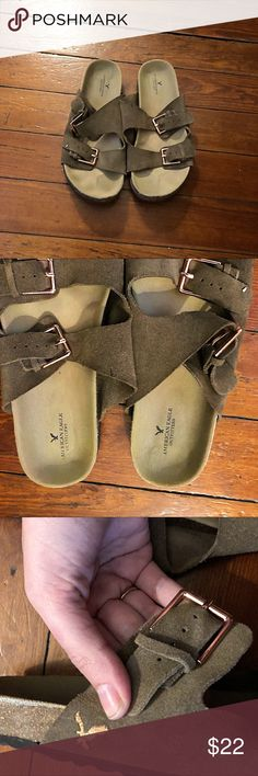 Aeo Birkenstock khaki rose gold sandals 9 This is for a great pair of American eagle outfitters green khaki Birkenstock style sandals. They are in excellent used condition only worn once. Very comfortable. Size 9. With rose gold hardware and eagle logo. American Eagle Outfitters Shoes Sandals