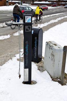 Bike fixing station