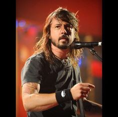 "longstorylonger: ""It's your daily side-part Dave. Foo Fighters Dave Grohl, Foo Fighters Nirvana, Pat Smear, There Goes My Hero, Taylor Hawkins, Royal Blood, Rock Legends, Man Alive, Love People"