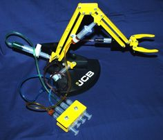 Hydraulic Projects   highly visual and colourful, manually operated arm demonstrating ...