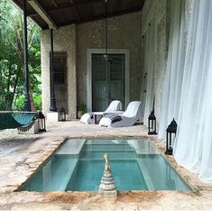 super Ideas for backyard porch plunge pool Small Swimming Pools, Small Backyard Pools, Small Pools, Swimming Pool Designs, Exterior Design, Interior And Exterior, Outdoor Spaces, Outdoor Living, Kleiner Pool Design