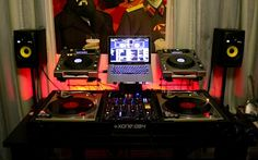 Nothing is missing in this DJ Setup !