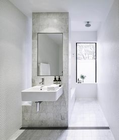 4 Space Savvy Bathroom Layouts | HOMES TO LOVE