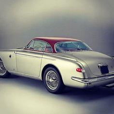 1953 #Fiat 8V #Vignale #Coupé. Entra su www.eannunci.com e pubblica #annunci #auto #moto in #italia. #elegante #millemiglia #franciacorta #autodepoca #autostoriche #abarth #berlinetta #8v #magnetimarelli #igerauto #igersitalia #instaitalia #ig_italy
